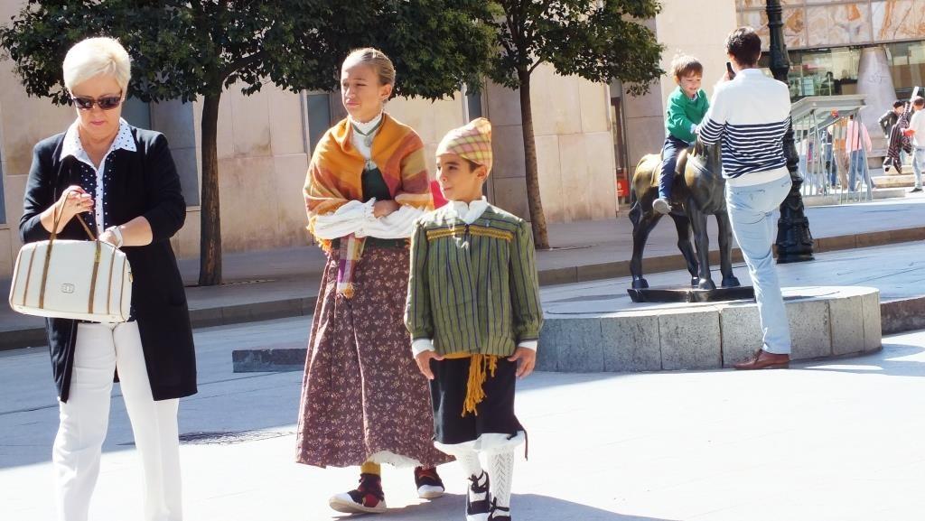 So schaut ein Dirndl in Aragon aus