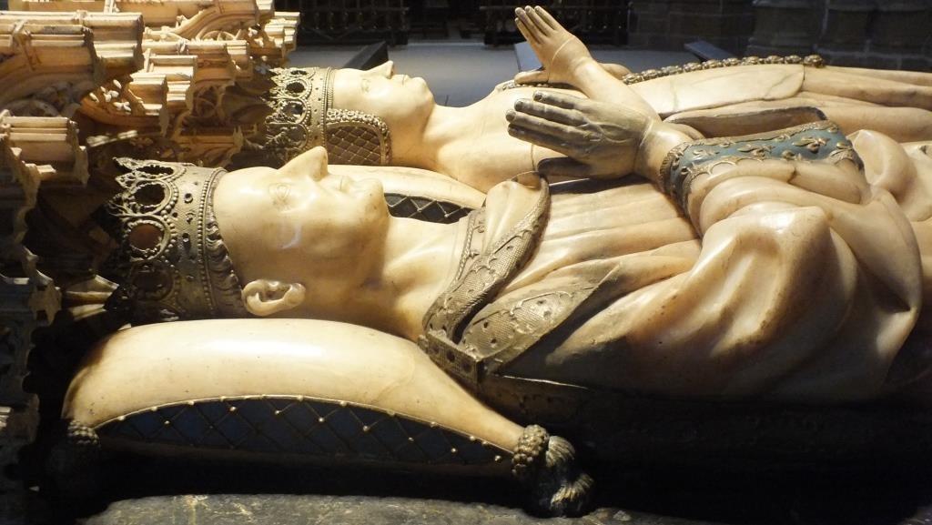 """Hier ruhen Carlos III, """"der Noble"""" und seine Gattin"""