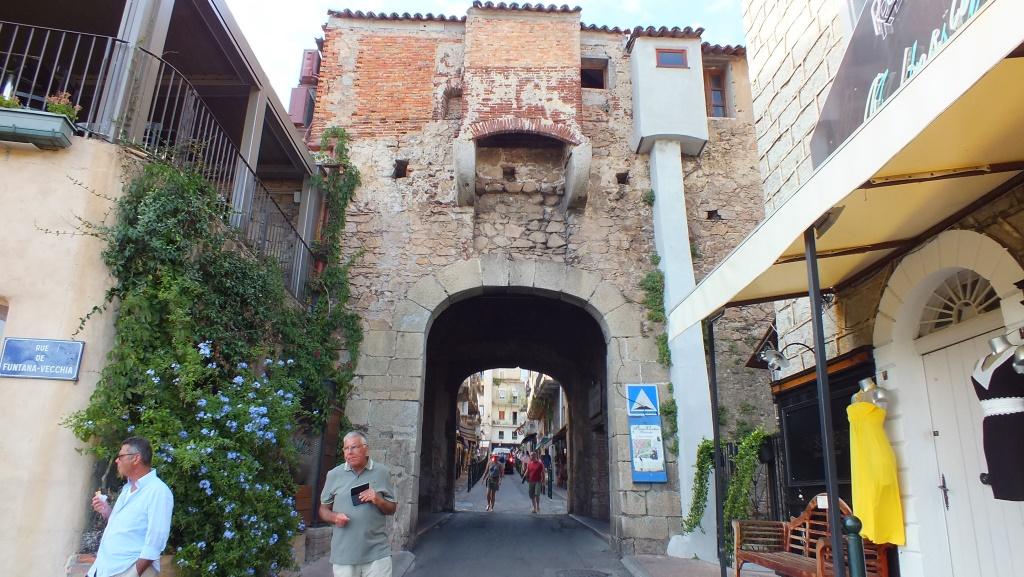 Das Stadttor von Porto Vecchio
