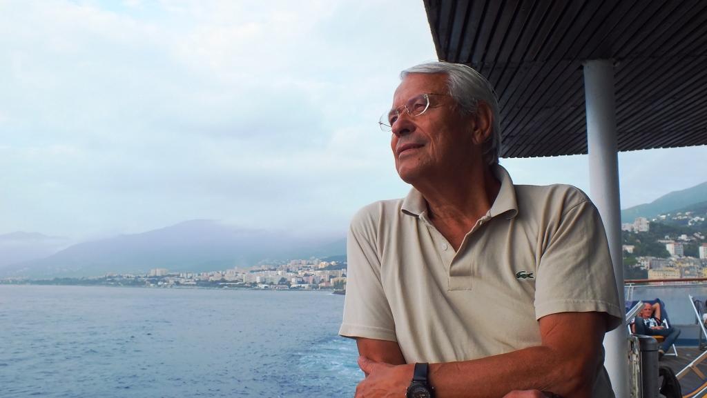 Der standfeste Egbert widersteht jeder Seekrankheit