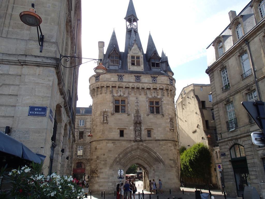 Das Stadttor (15.Jh), ein Überrest aus dem alten Lyon