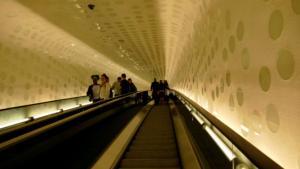 Mit der Rolltreppe geht's steil nach oben